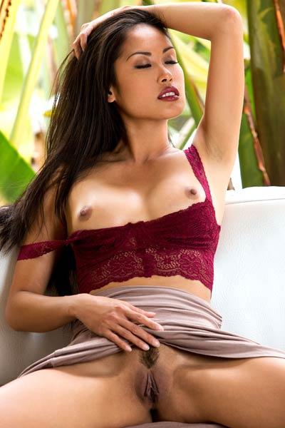 Model Danika Flores in