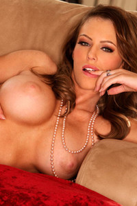 Model Jenna Presley in Busty and lonely