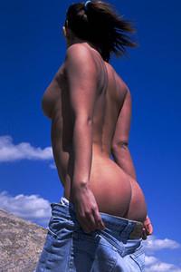 Model Mirka in Sexy explorer